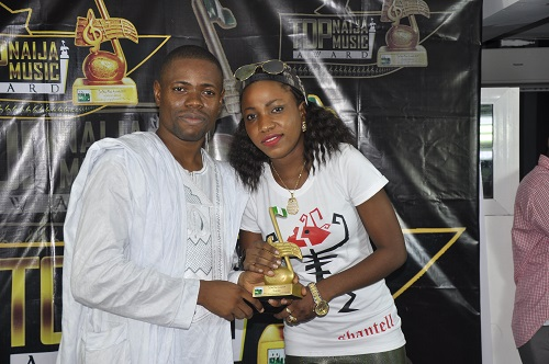 Shantell, receiving her award for Best Lyricist (Female) Category